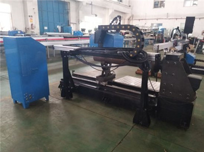 Factory price CNC plasma cutter 1325/metal pipe CNC plasma cutting machine 1530